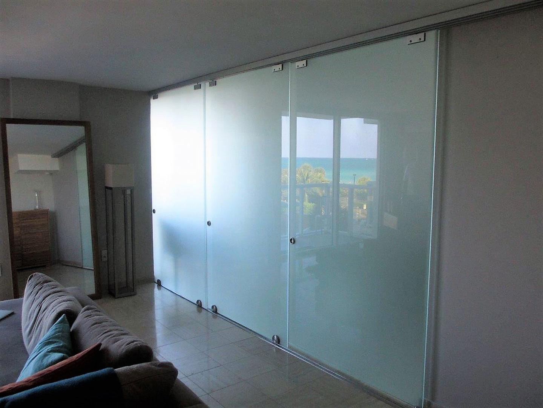 Glass-Sliding-door